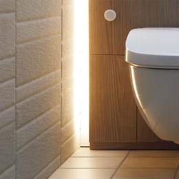 フロートトイレの間接照明