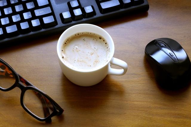在宅勤務の休憩時間にコーヒータイム