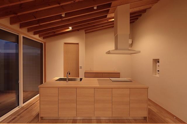 キッチン全景