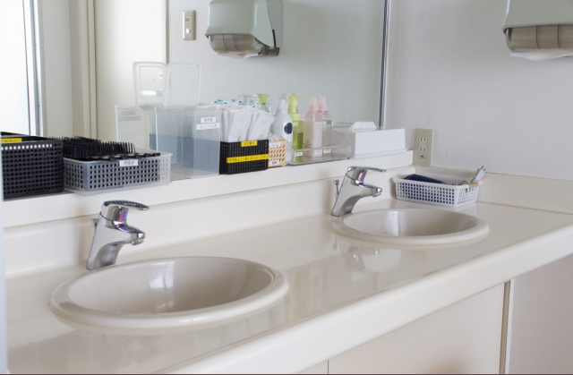 2ボウルの洗面所