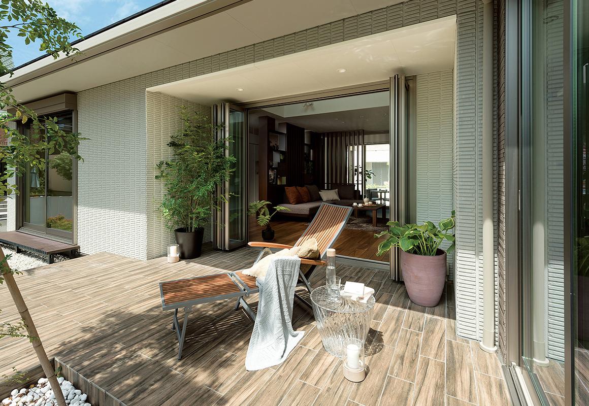 トヨタホームさんの平屋住宅「シンセ・ピアーナ」のテラス写真